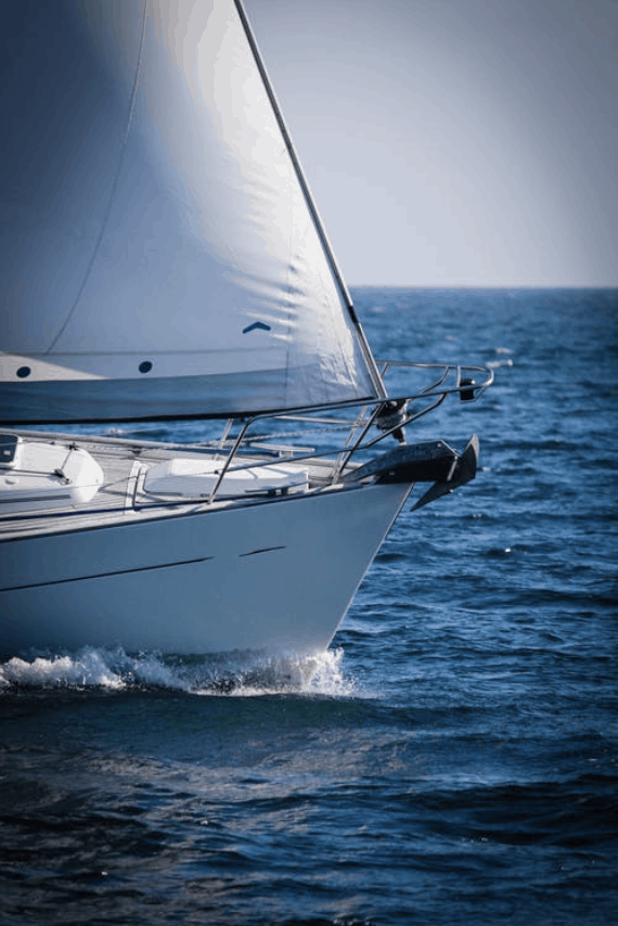 Plachetnica na mori